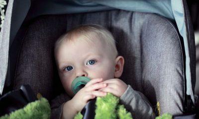 Bebek oto koltuğuna nasıl yerleştirilir