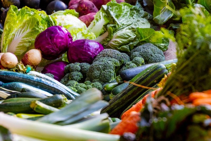 Fasulye, brüksel lahanası, lahana, brokoli ve karnabahar