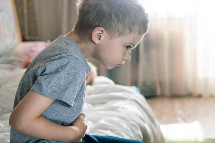 Çocuklarda Reflü Nedir? - Belirtileri ve Tedavisi