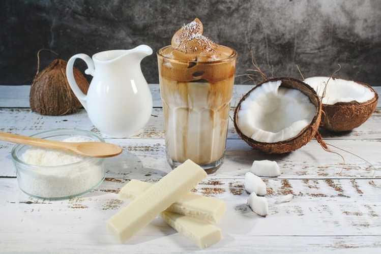 hindistan cevizi sütü faydaları hamilelikte hindistan cevizi sütü içmek